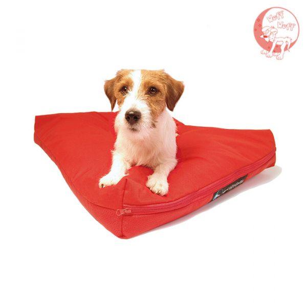 Crveni krevet za psa
